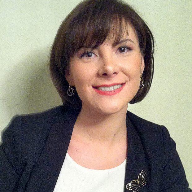 Oana Claudia Iacob: Cel mai important este să știi să fii OM, să plantezi fapte bune