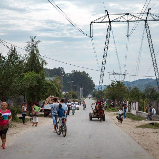 """""""No Man's Land"""" – informal housing in Roma communities"""
